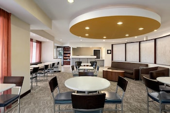 Lobby Sitting Area at SpringHill Suites Phoenix North in Phoenix
