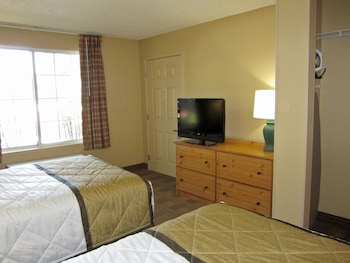 Guestroom at Extended Stay America - Baltimore - BWl Airport - Int'l Dr. in Linthicum Heights