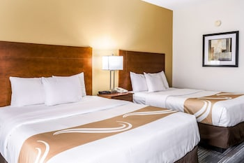Tek Büyük Yataklı Oda, 2 Büyük (queen) Boy Yatak, Sigara İçilebilir