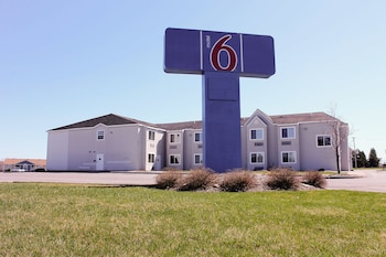Motel 6 Calcium, NY photo