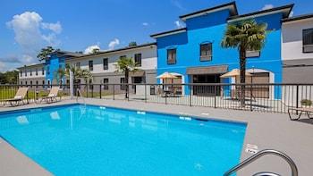 貝斯特韋斯特 / 夏爾洛特海洋島嶼海灘飯店 Best Western Shallotte / Ocean Isle Beach Hotel