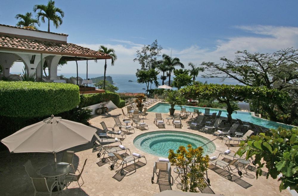 https://i.travelapi.com/hotels/1000000/120000/119400/119352/903ab4b7_z.jpg