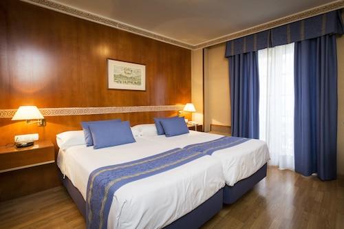 Granada - Dauro Hotel - z Krakowa, 21 kwietnia 2021, 3 noce
