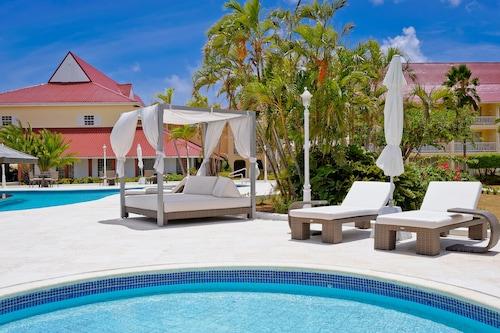 Mystique Royal St. Lucia Resort & Spa,
