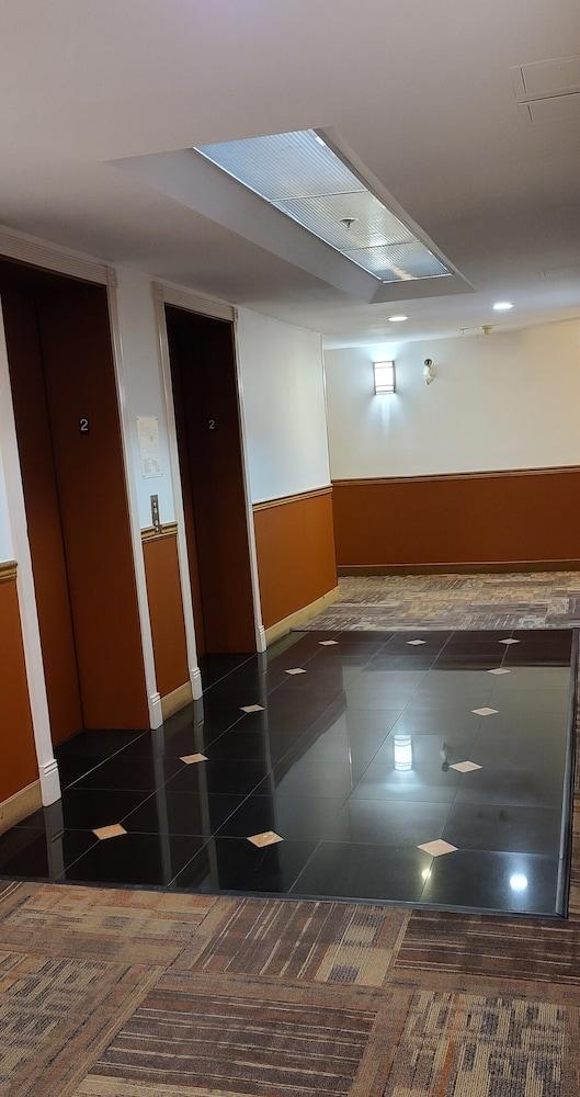 ラマダ バイ ウィンダム バンクーバー エアポート