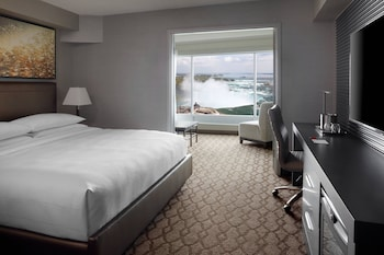 Suite, 1 King Bed, Non Smoking, View