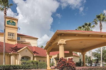 Hotel - La Quinta Inn & Suites by Wyndham Orlando Airport North
