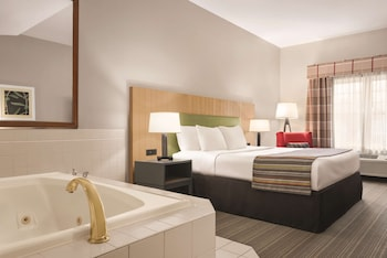 Suite, 1 King Bed, Smoking, Jetted Tub (Adults Only)