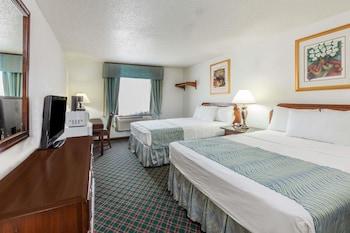 Standard Double Room, 2 Queen Beds, Non Smoking