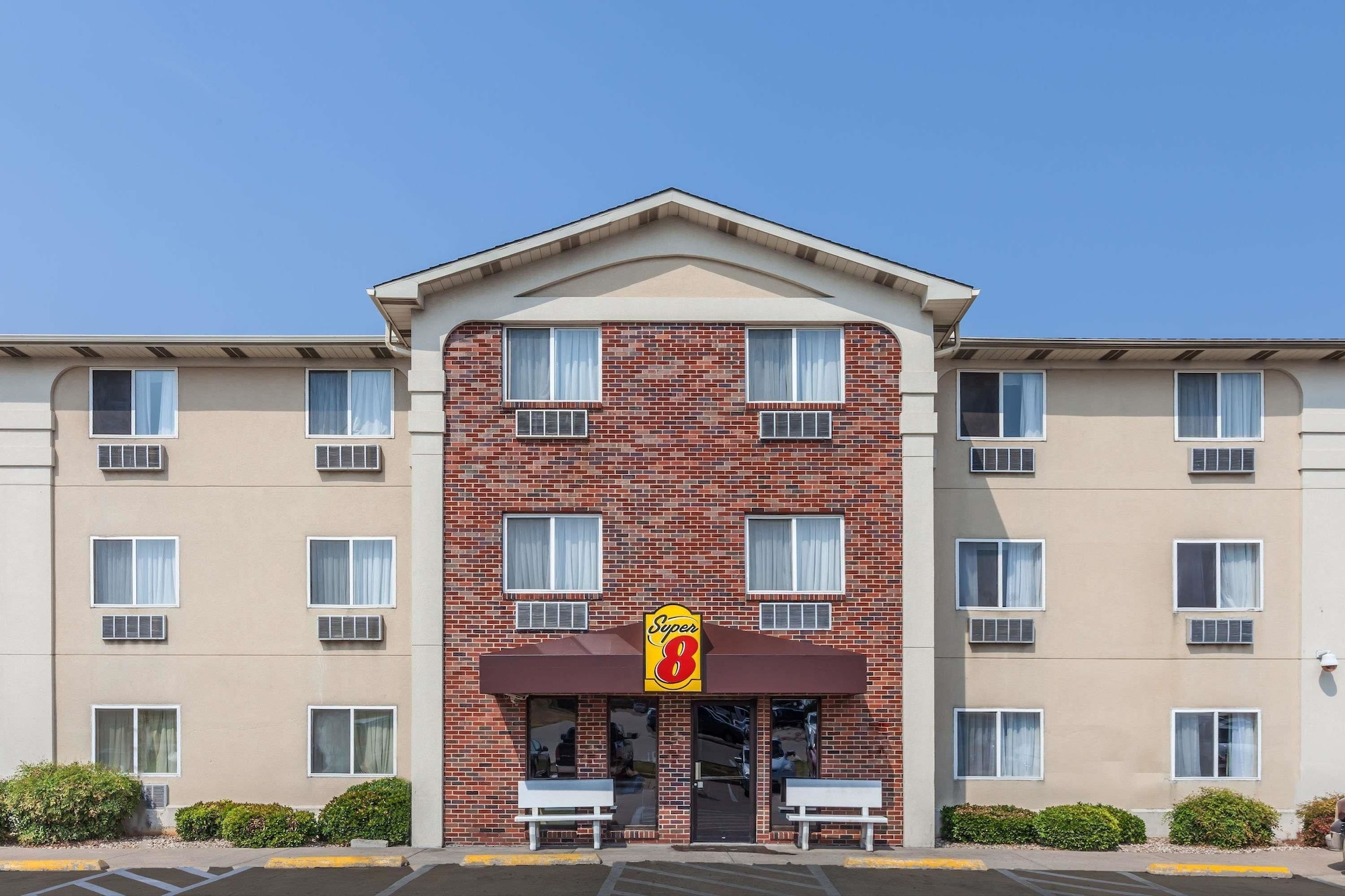 Super 8 by Wyndham Irving DFW Airport/South, Dallas