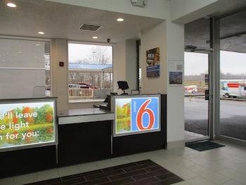 Hotel - Motel 6 Chilhowie, VA
