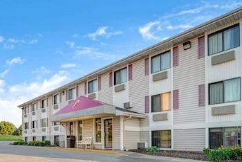 Hotel - Super 8 by Wyndham Omaha I-80 West