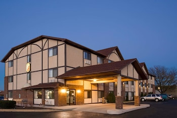 Hotel - Super 8 by Wyndham Woodstock