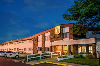 Hotel - Super 8 by Wyndham Brooklyn Center/MPLS