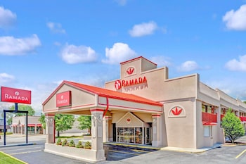 Ramada by Wyndham Baltimore West photo