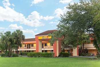 Hotel - Super 8 by Wyndham Naples