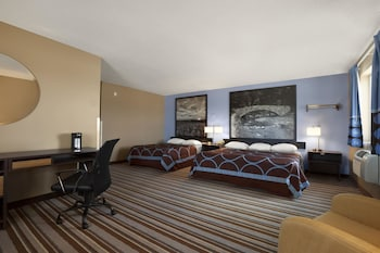 Studio Suite, Multiple Beds, Non Smoking (1 King Bed and 1 Full Bed)