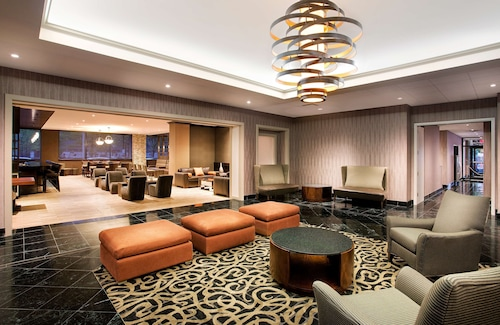 . DoubleTree by Hilton Hotel & Suites Jersey City