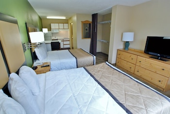 Guestroom at Extended Stay America San Diego - Sorrento Mesa in San Diego