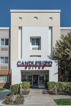 Candlewood Suites Irvine