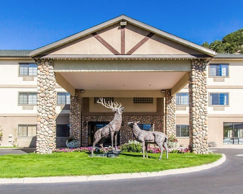 . Quality Inn & Suites Vail Valley