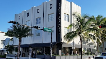 Hotel - South Beach Plaza Hotel
