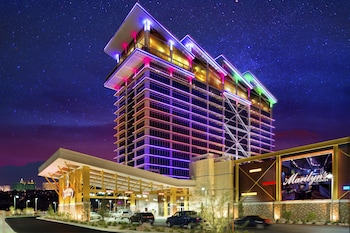 Hotel - Eastside Cannery Casino & Hotel
