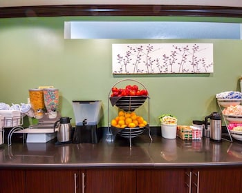 Oklahoma City Vacations - Sleep Inn & Suites - Property Image 1