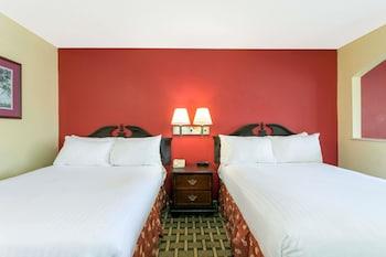 Americas Best Value Inn & Suites-Sumter - Guestroom  - #0