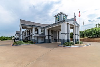 Hotel - Quality Inn & Suites Canton
