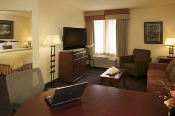 Executive Suite, Roll In Shower