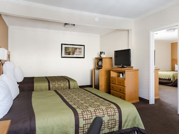Hotel - Anaheim Islander Inn and Suites
