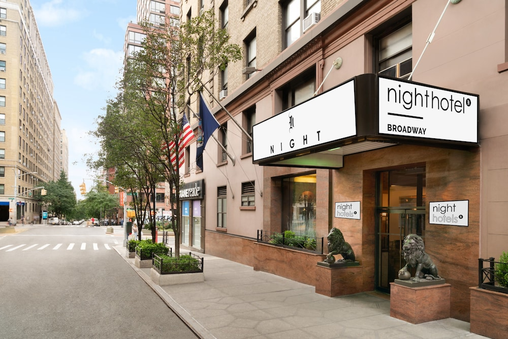 Night Hotel Broadway, Featured Image