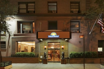 Hotel - Days Hotel by Wyndham on Broadway NYC