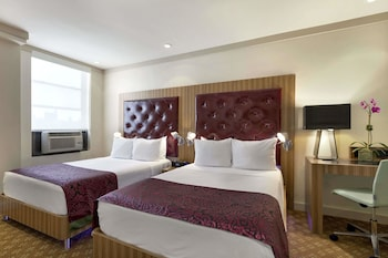 Guestroom at Days Hotel by Wyndham on Broadway NYC in New York