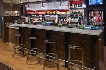 溫斯頓-賽勒姆哈內斯購物中心萬怡飯店 Courtyard by Marriott Winston-Salem Hanes Mall