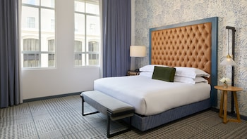 Room, 1 King Bed (Spa)