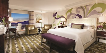 Stay Well Resort Two Queen Room