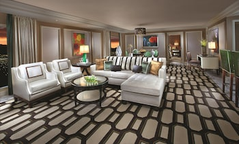 Penthouse Strip View Suite