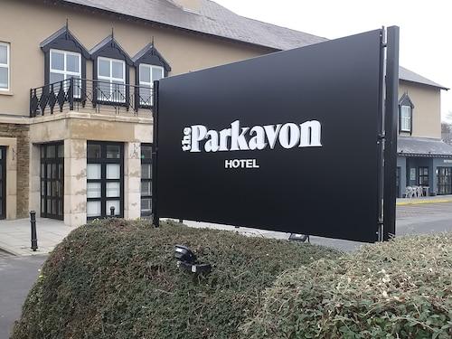 . Parkavon Hotel