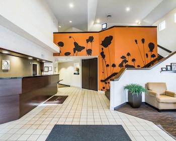 Lobby at Sleep Inn Phoenix North I-17 in Phoenix