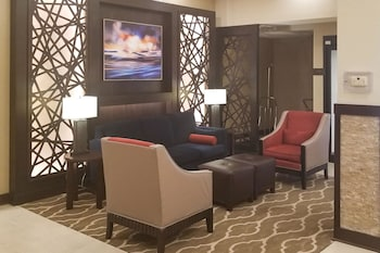 Lobby at Comfort Suites UCF/Research Park in Orlando