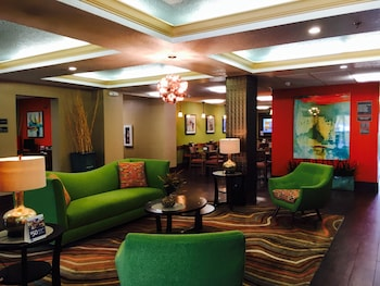 Lobby at Best Western Plus Universal Inn in Orlando