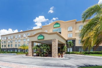 Hotel - Wingate by Wyndham Convention Ctr Closest Universal Orlando