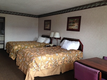 Americas Best Value Inn and Suites Clarksdale - Featured Image  - #0