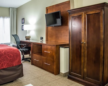 Suite, Multiple Beds, Non Smoking (2 Queen, 2 Person Sofa Bed)