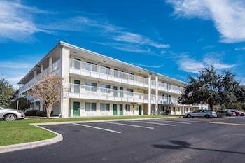Hotel - HomeTowne Studios Orlando - UCF Area