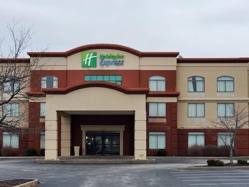 . Holiday Inn Express St. Louis Arpt - Maryland Hgts, an IHG Hotel