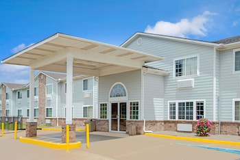 Hotel - Super 8 by Wyndham Riverside/Kansas City