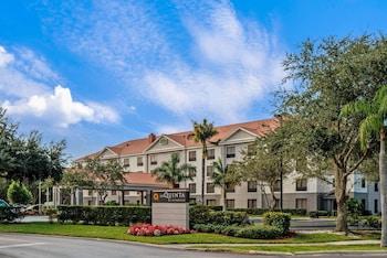 北那不勒斯波尼塔泉溫德姆拉昆塔套房飯店 La Quinta Inn & Suites by Wyndham Bonita Springs Naples N.